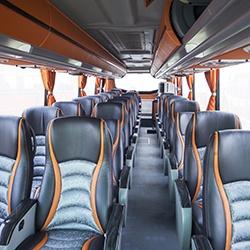 Intérieur bus sièges en cuir