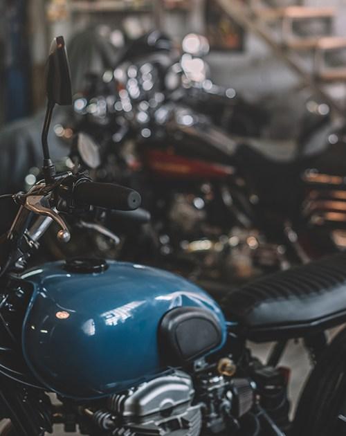 Vue de près d'une moto